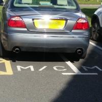 Selfish twat parking